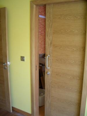 C mo hacer una puerta de madera - Como colocar puertas correderas ...