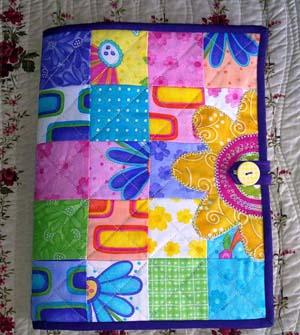 Los Materiales Son   Una Carpeta Vieja  Tela De Varios Colores  Goma