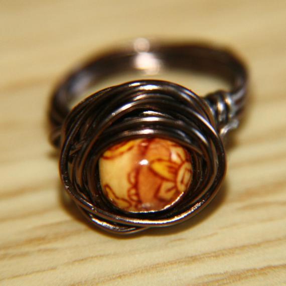 ¿Cómo hacer anillos de bisuteria?