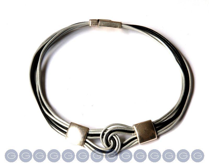 Como hacer un collar de cuero con un nudo celta